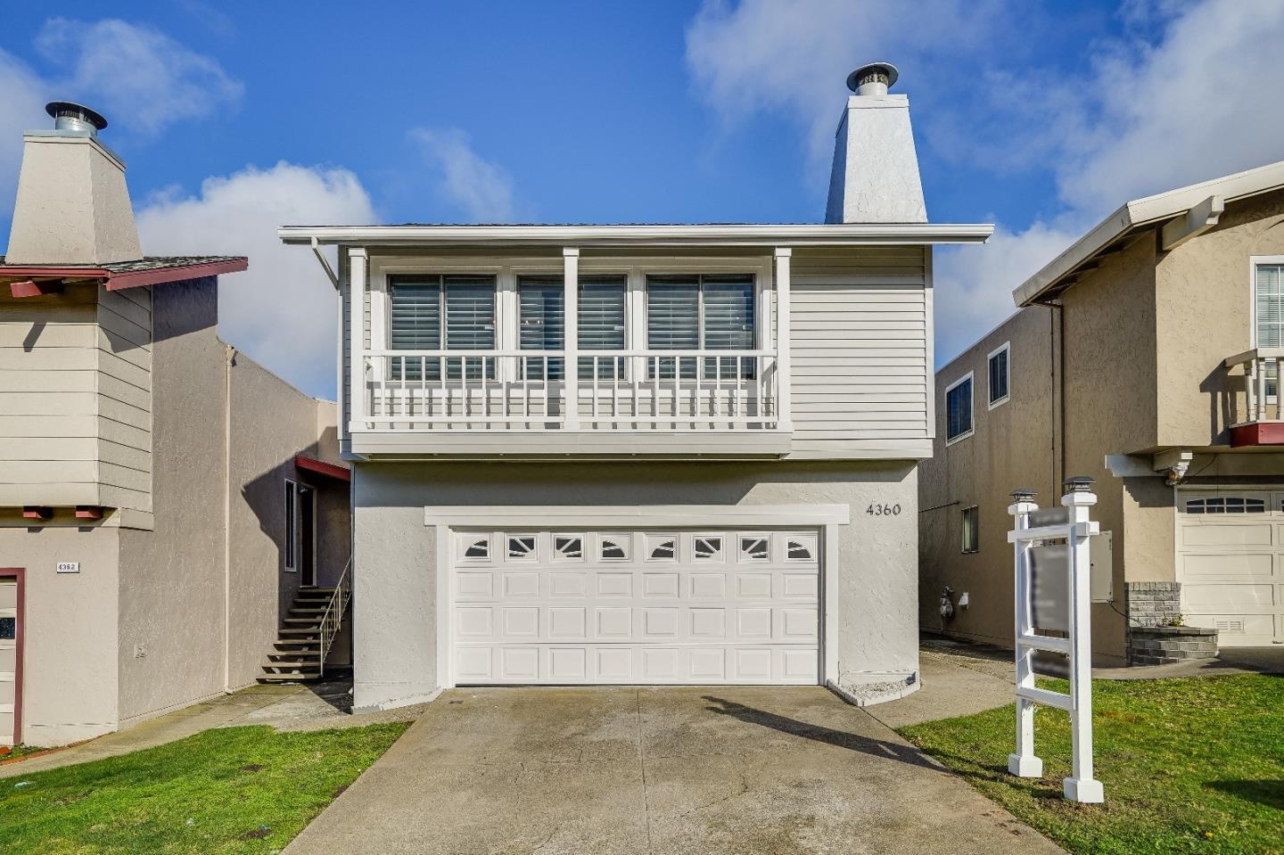 Detail Gallery Image 1 of 1 For 4360 Callan Blvd, Daly City,  CA 94015 - 4 Beds | 2 Baths
