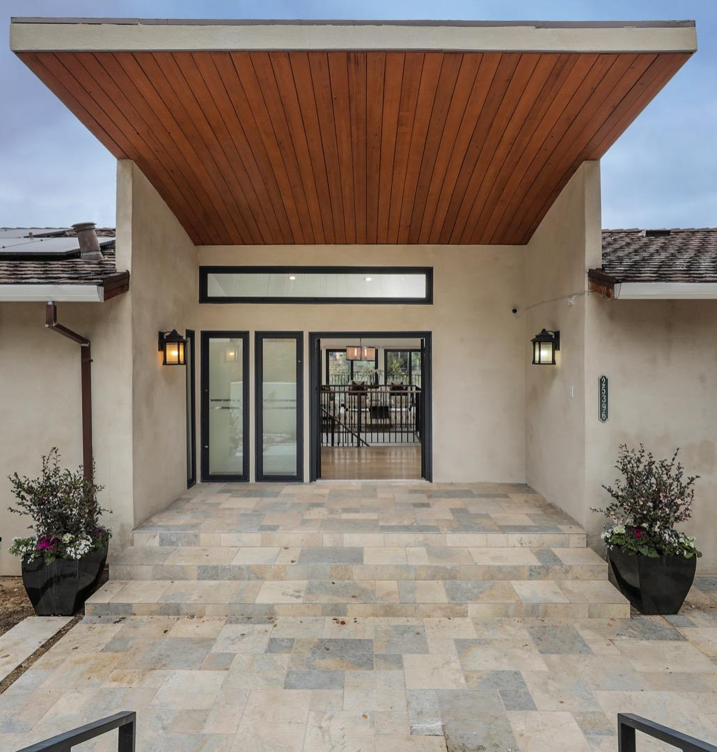 Detail Gallery Image 1 of 1 For 25396 La Loma Dr, Los Altos Hills,  CA 94022 - 5 Beds | 4 Baths