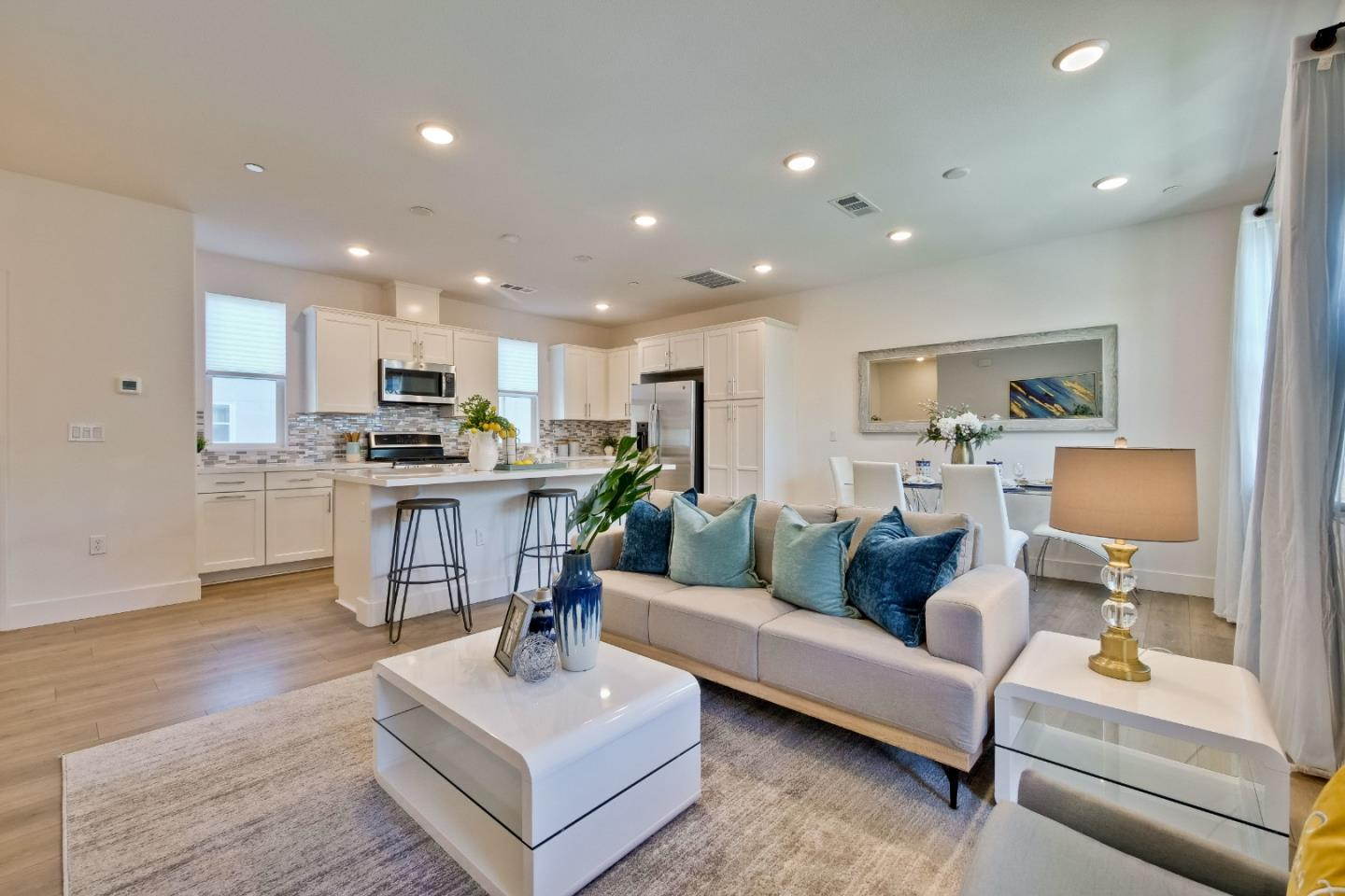 Detail Gallery Image 1 of 1 For 846 Cotati Ter #12,  Sunnyvale,  CA 94085 - 2 Beds | 2/1 Baths