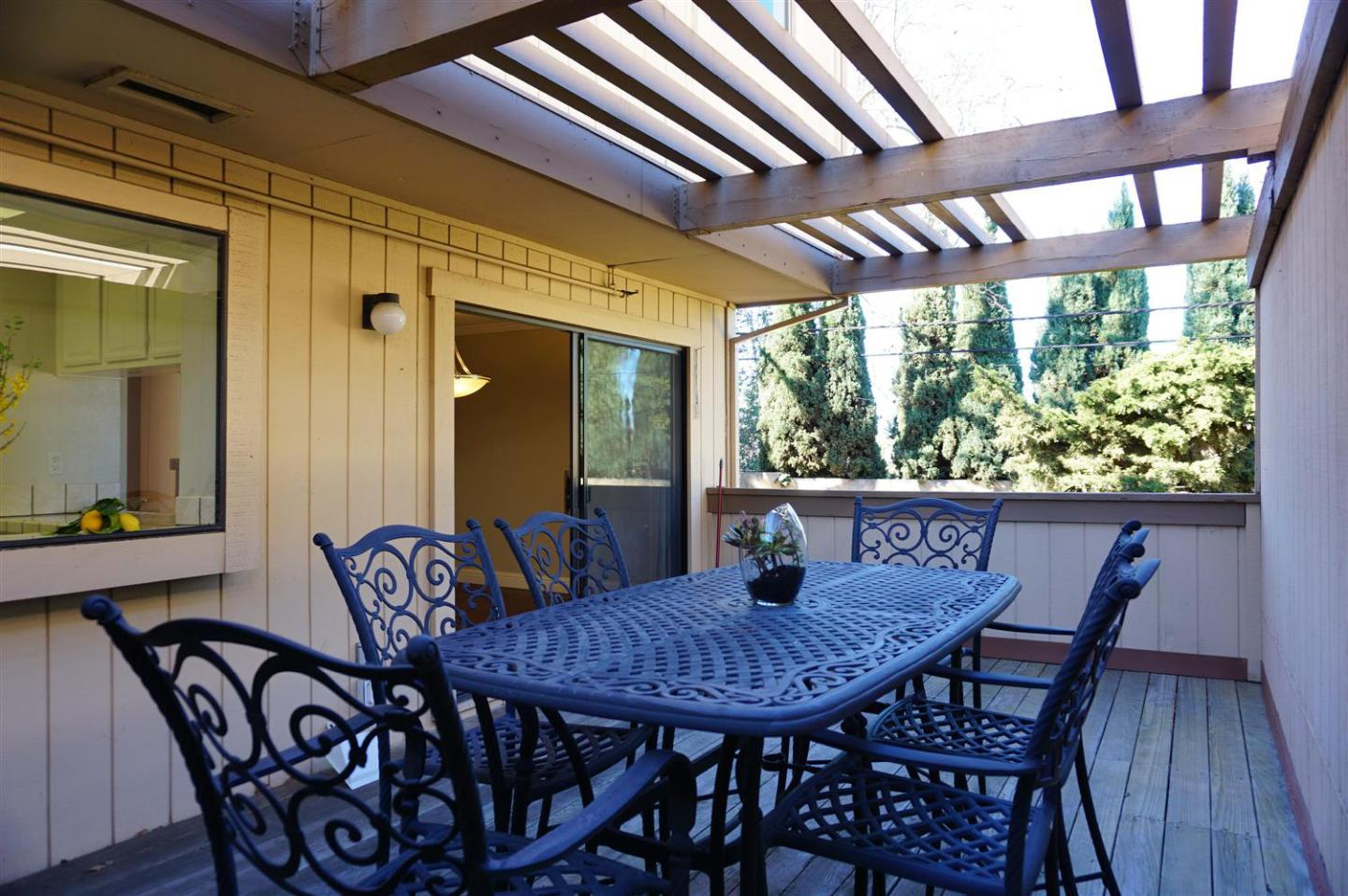 Detail Gallery Image 1 of 1 For 16144 Loretta Ln, Los Gatos,  CA 95032 - 3 Beds   2/1 Baths