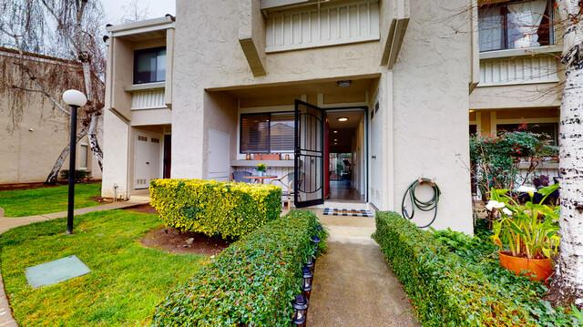 Detail Gallery Image 1 of 1 For 260 W Dunne Ave #18,  Morgan Hill,  CA 95037 - 2 Beds | 1/1 Baths