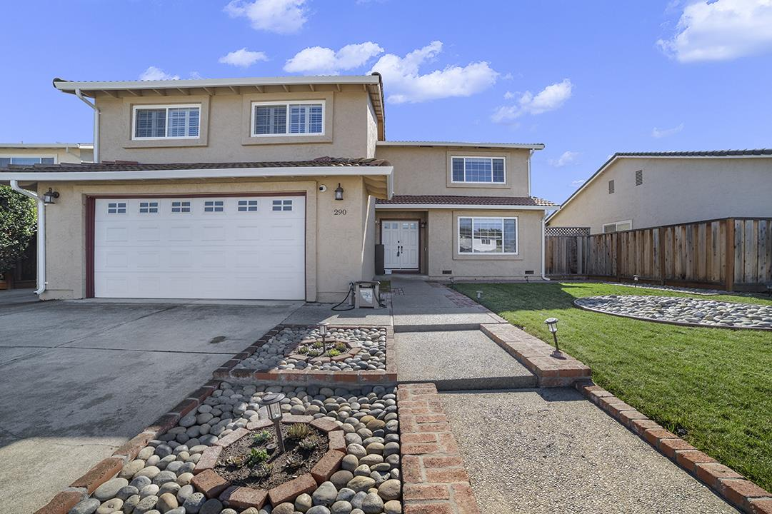 Detail Gallery Image 1 of 1 For 290 London Dr, Gilroy,  CA 95020 - 4 Beds | 2/1 Baths