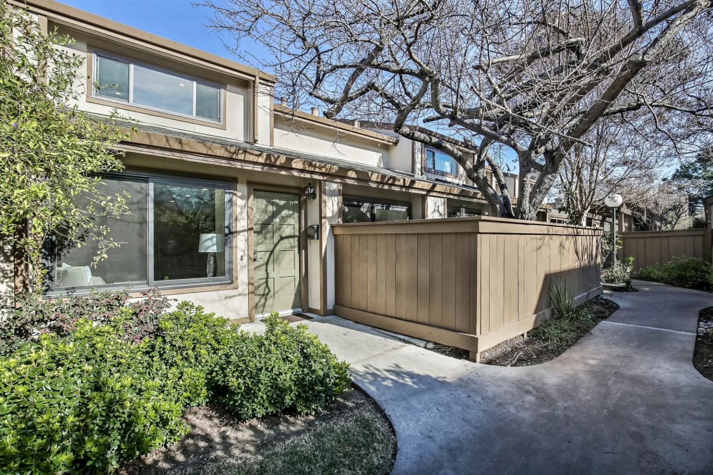 Detail Gallery Image 1 of 1 For 49 Showers Dr #L473,  Mountain View,  CA 94040 - 3 Beds | 2/1 Baths
