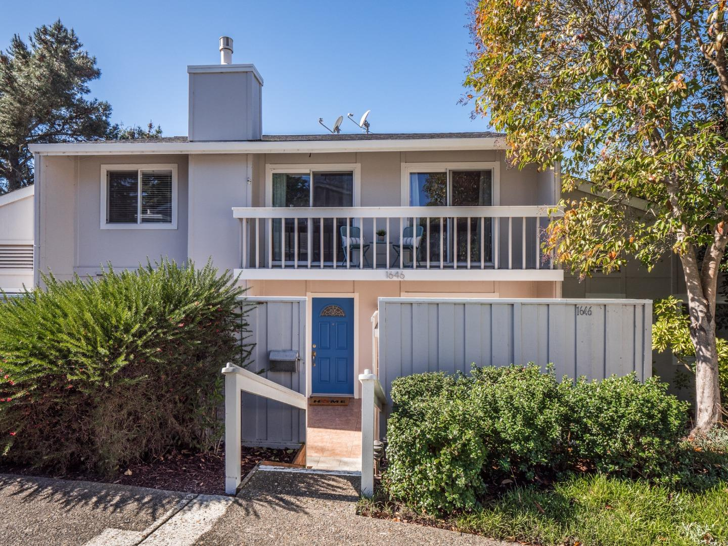 Detail Gallery Image 1 of 1 For 1646 Dolphin Dr, Aptos,  CA 95003 - 3 Beds | 2/1 Baths
