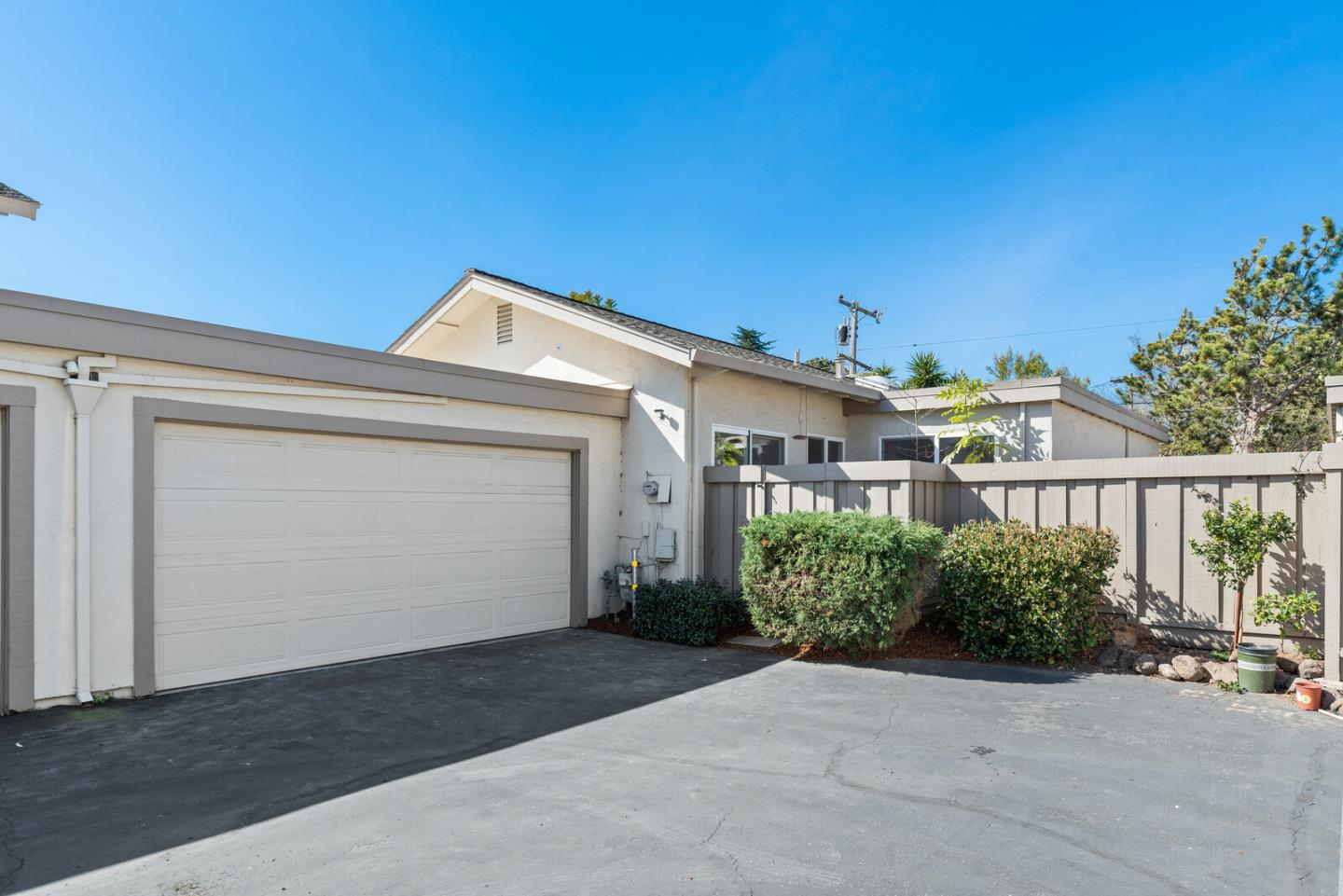 Detail Gallery Image 1 of 1 For 1609 New Brunswick Ave, Sunnyvale,  CA 94087 - 3 Beds | 2 Baths