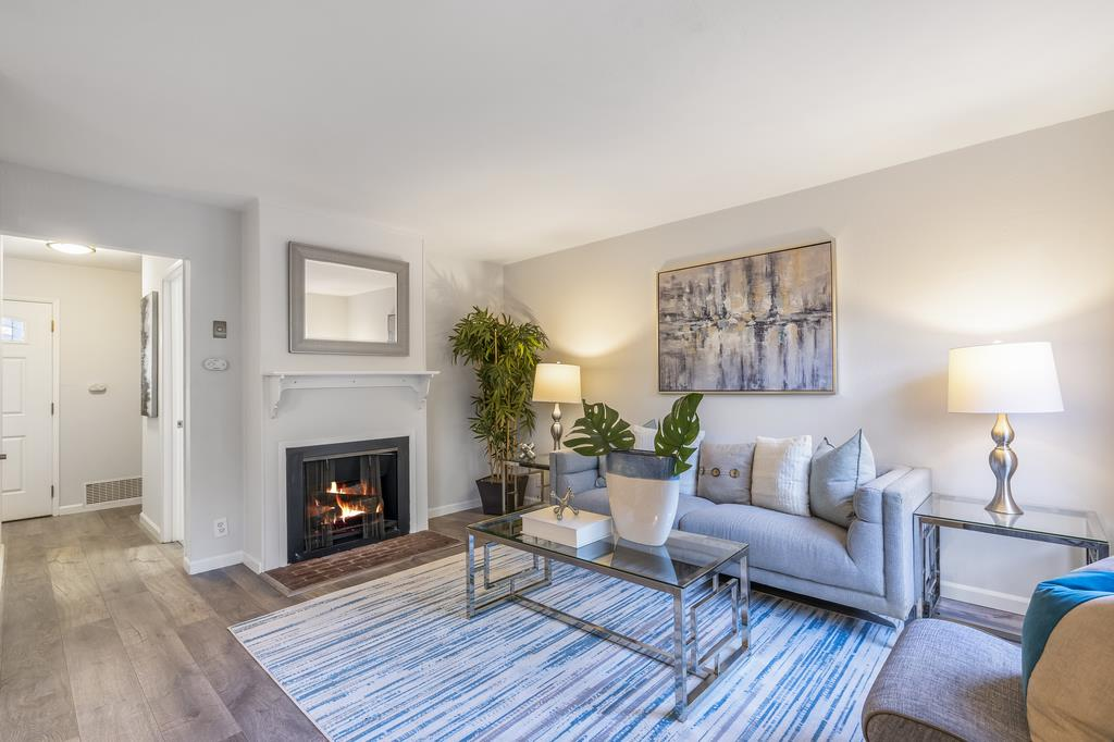 Detail Gallery Image 1 of 1 For 4691 Persimmon Pl, San Jose,  CA 95129 - 3 Beds   1/1 Baths