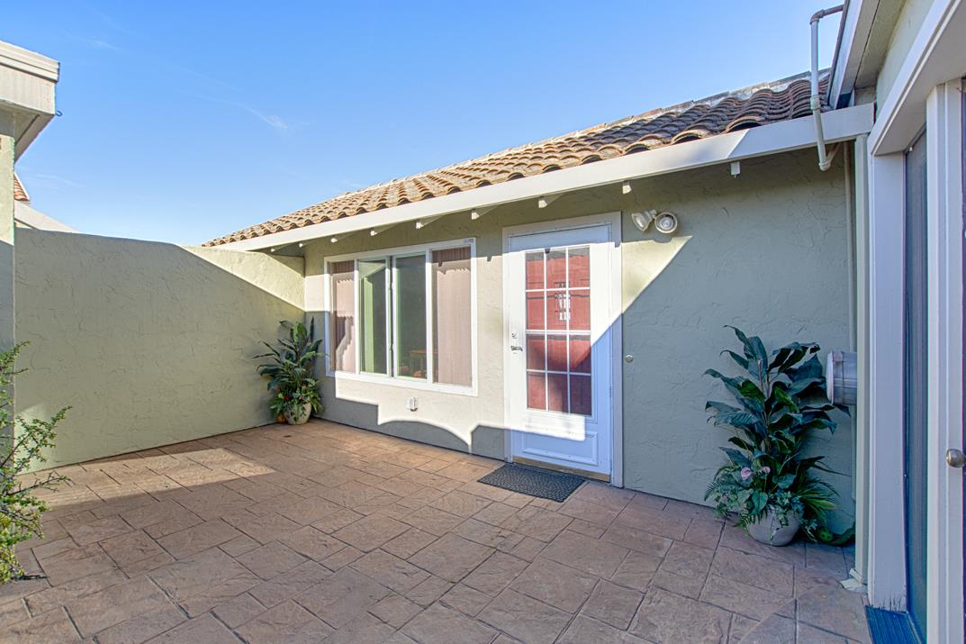 Detail Gallery Image 1 of 1 For 188 Crestview Ct, Watsonville,  CA 95076 - 3 Beds | 2 Baths