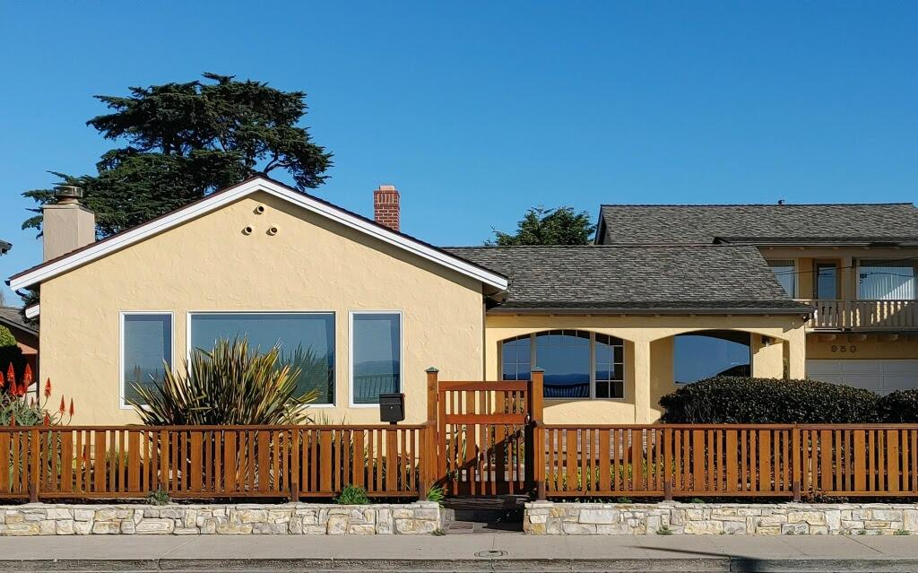 Detail Gallery Image 1 of 1 For 950 W Cliff Dr, Santa Cruz,  CA 95060 - 3 Beds | 3/1 Baths