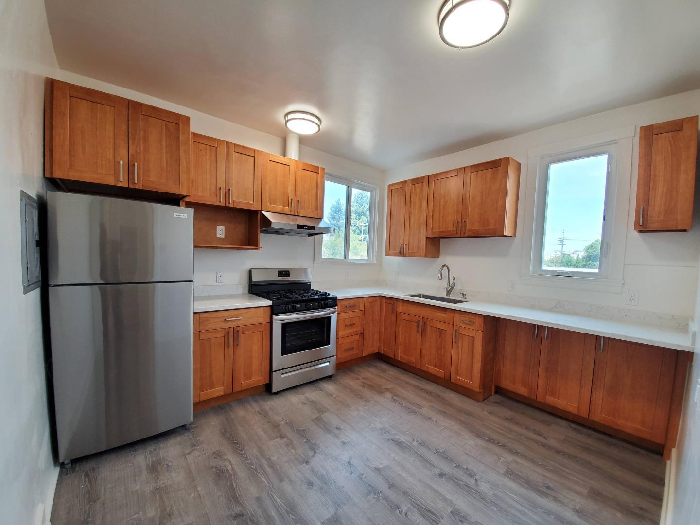 Detail Gallery Image 1 of 6 For 20 Highland Ave #10,  Burlingame,  CA 94010 - 1 Beds | 1 Baths