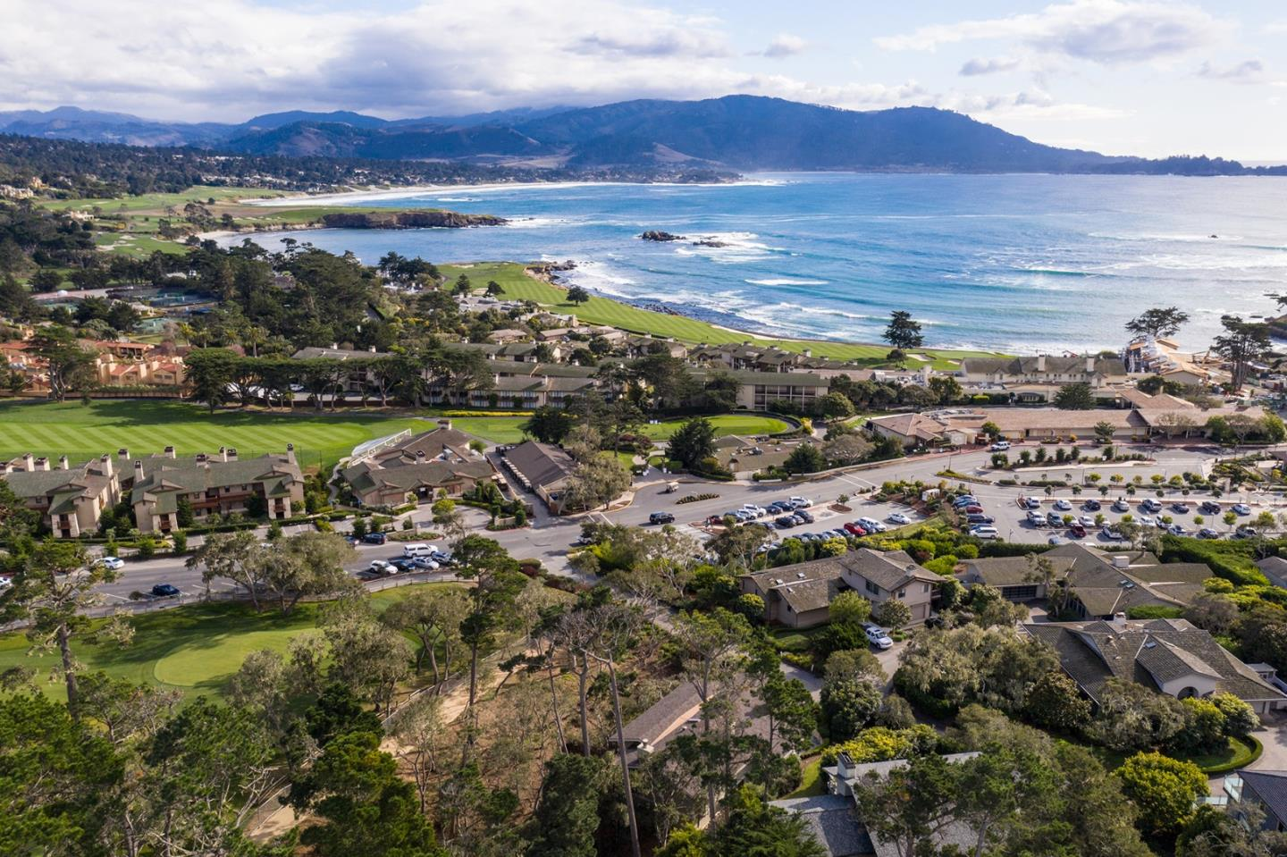 Detail Gallery Image 1 of 31 For 3307 17 Mile Dr #4,  Pebble Beach,  CA 93953 - 3 Beds | 3/1 Baths