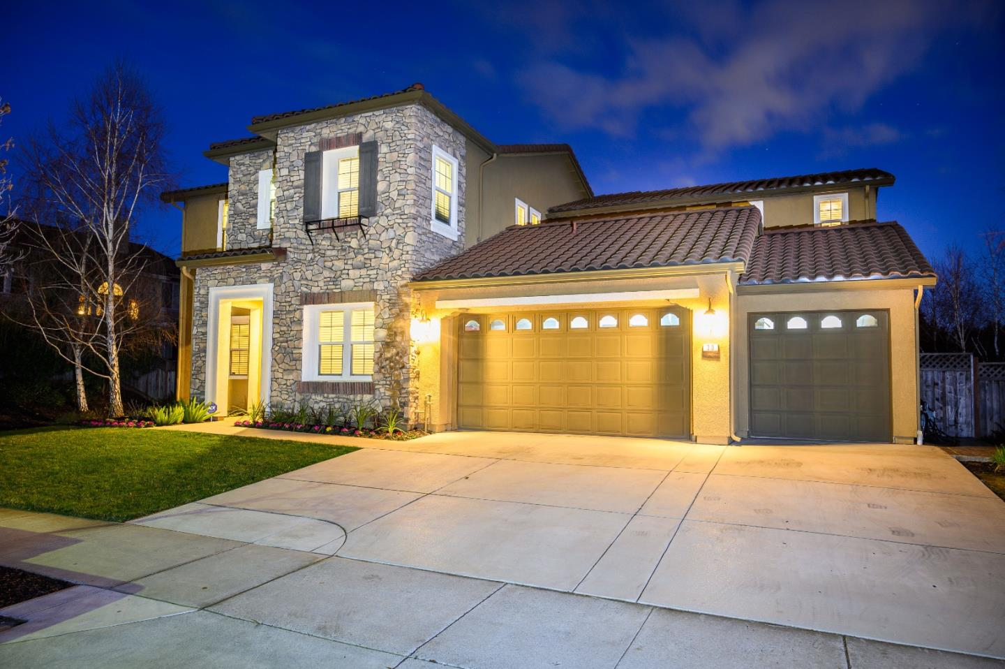 Detail Gallery Image 1 of 1 For 30 Tilton Ave, Morgan Hill,  CA 95037 - 5 Beds | 4/1 Baths