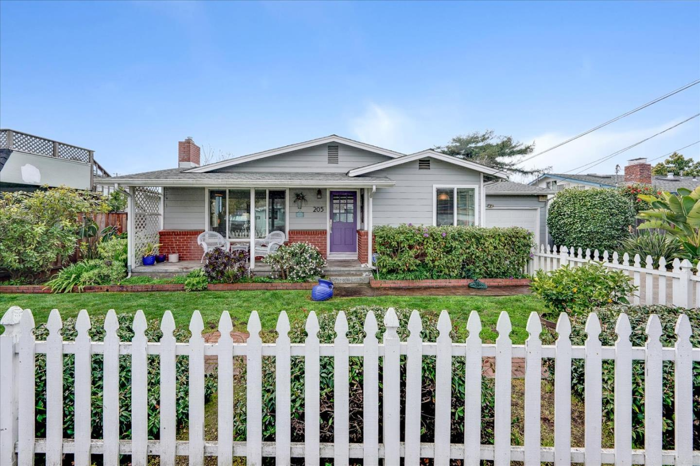 Detail Gallery Image 1 of 1 For 205 Valencia Ave, Aptos,  CA 95003 - 2 Beds | 1 Baths