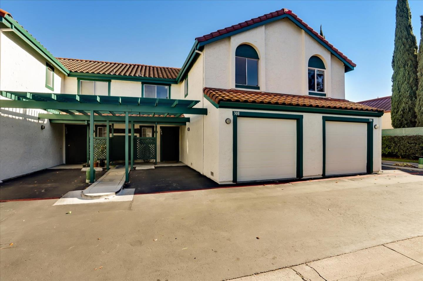 Detail Gallery Image 1 of 1 For 308 Hans Way, San Jose,  CA 95133 - 3 Beds   2/1 Baths
