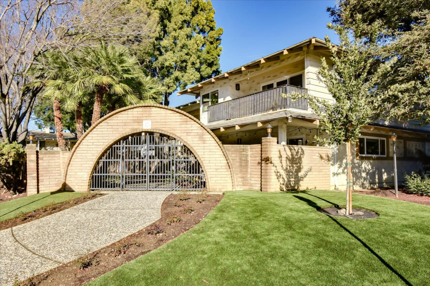 Detail Gallery Image 1 of 26 For 199 Acalanes Dr, Sunnyvale,  CA 94086 - – Beds | – Baths