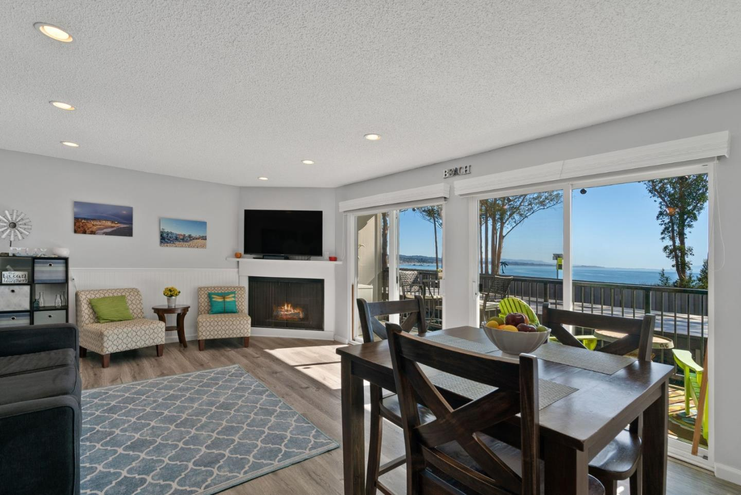 Detail Gallery Image 1 of 1 For 815 Balboa Ave #104,  Capitola,  CA 95010 - 2 Beds | 1/1 Baths