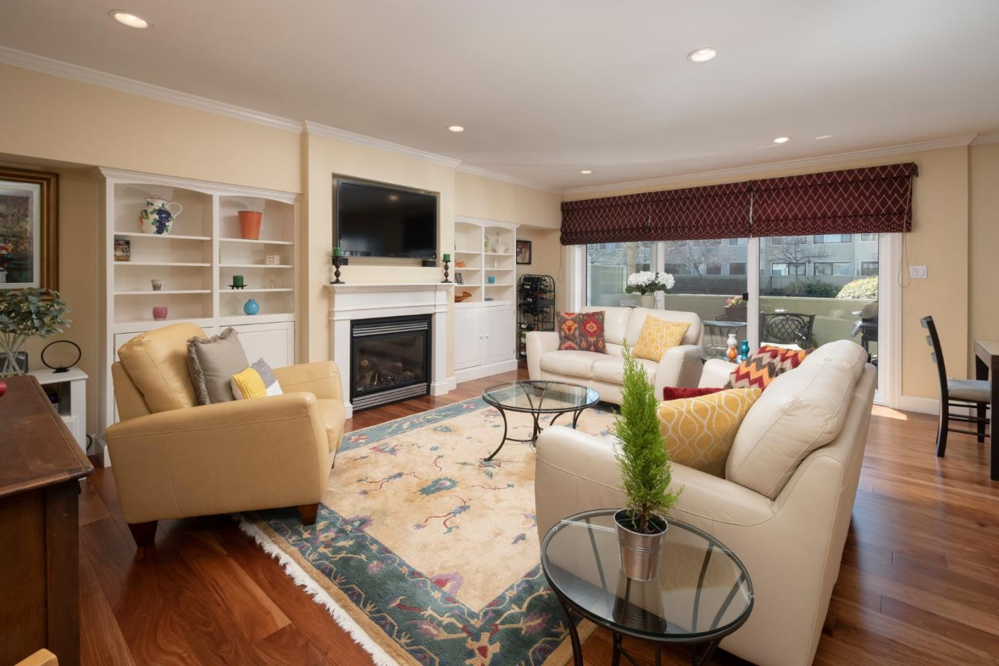 Detail Gallery Image 1 of 1 For 2355 Sharon Rd, Menlo Park,  CA 94025 - 2 Beds | 2 Baths