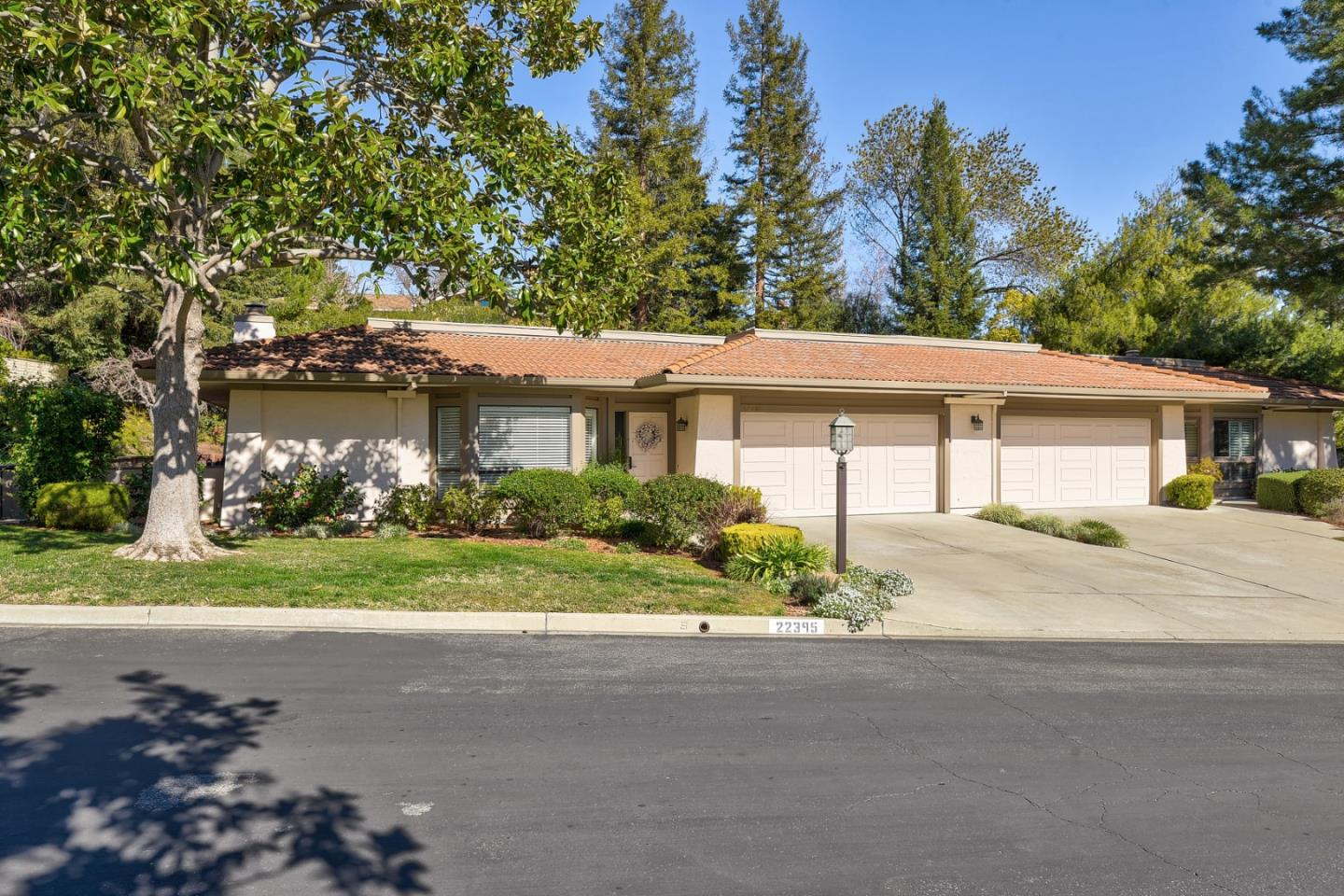 Detail Gallery Image 1 of 29 For 22395 Rancho Deep Cliff Dr, Cupertino,  CA 95014 - 2 Beds   2 Baths