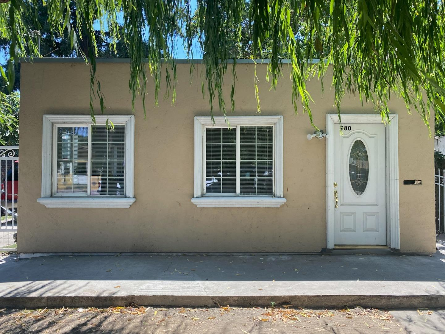 Detail Gallery Image 1 of 2 For 980 Pacific Ave, San Jose,  CA 95126 - 3 Beds   1 Baths