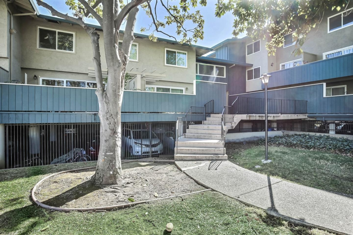 Detail Gallery Image 1 of 1 For 7140 Rainbow Dr #6,  San Jose,  CA 95129 - 3 Beds   1/1 Baths
