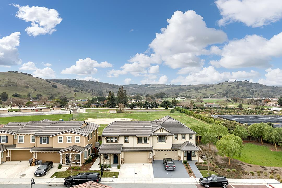 Detail Gallery Image 1 of 1 For 19661 Annatto Ln, Morgan Hill,  CA 95037 - 4 Beds | 2/1 Baths