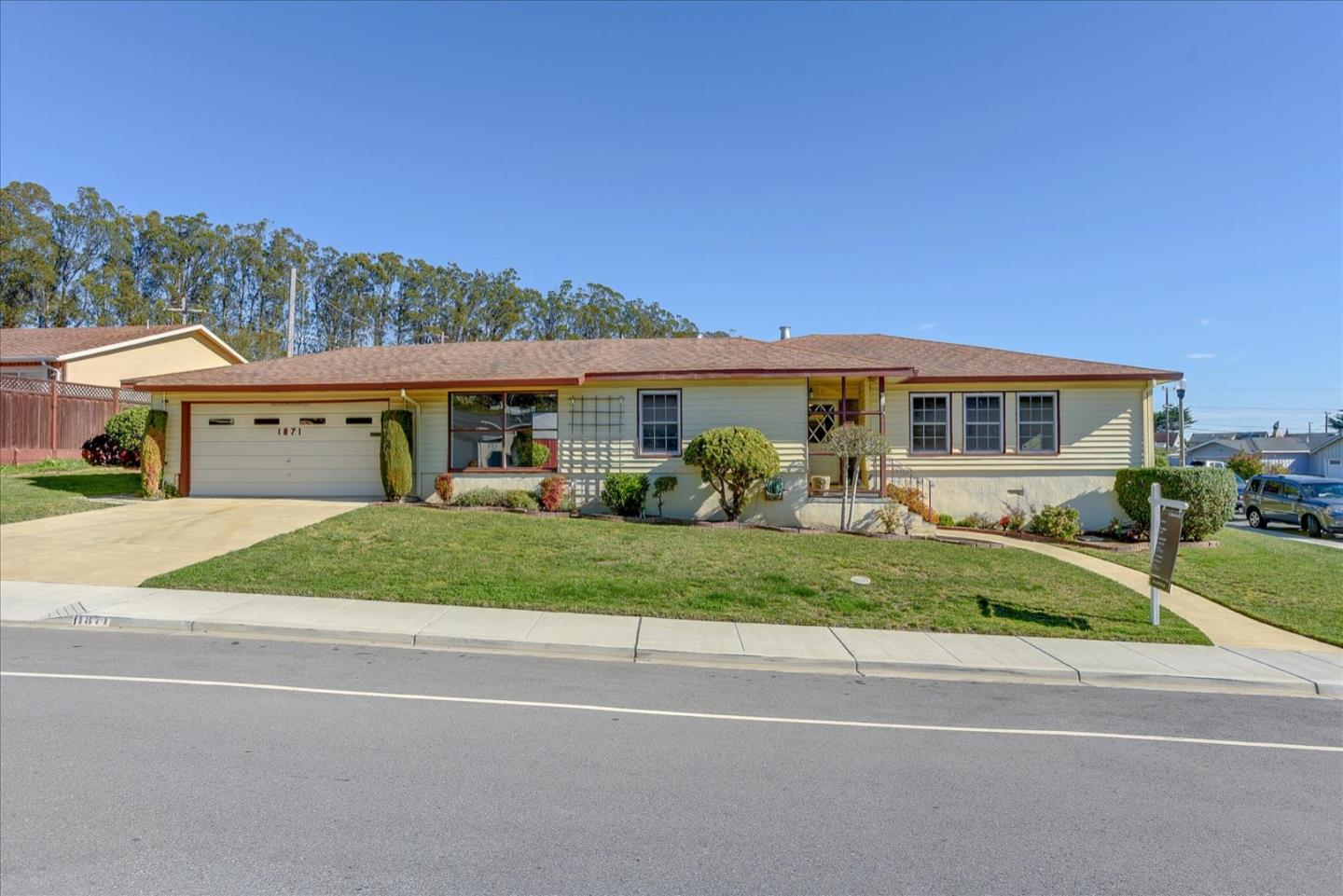 Detail Gallery Image 1 of 1 For 1871 Claremont Dr, San Bruno,  CA 94066 - 3 Beds | 2 Baths