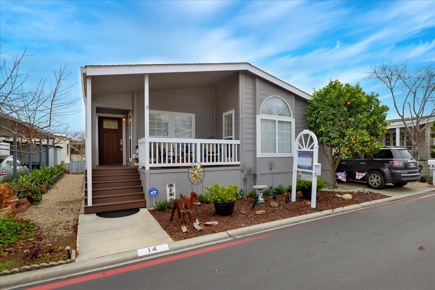 Detail Gallery Image 1 of 44 For 1050 Borregas Ave #14,  Sunnyvale,  CA 94089 - 3 Beds | 2 Baths