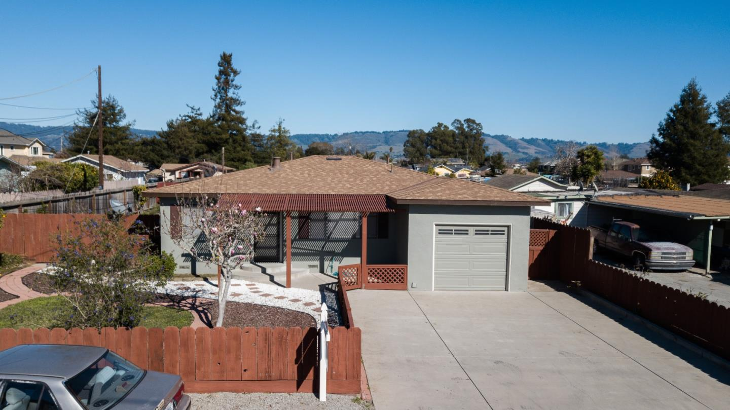 Detail Gallery Image 1 of 1 For 45 Airport Rd, Freedom,  CA 95019 - 3 Beds   2 Baths