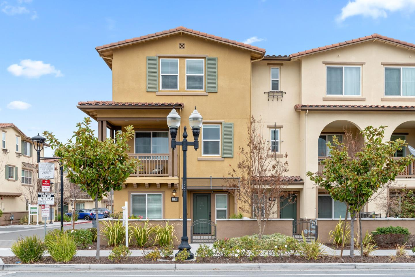 Detail Gallery Image 1 of 1 For 302 Santa Diana Ter, Sunnyvale,  CA 94085 - 4 Beds | 3/1 Baths