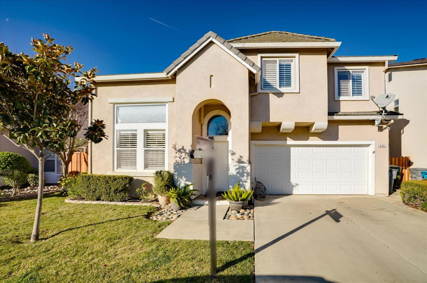 Detail Gallery Image 1 of 1 For 8761 Arbor St, Gilroy,  CA 95020 - 4 Beds | 2/1 Baths