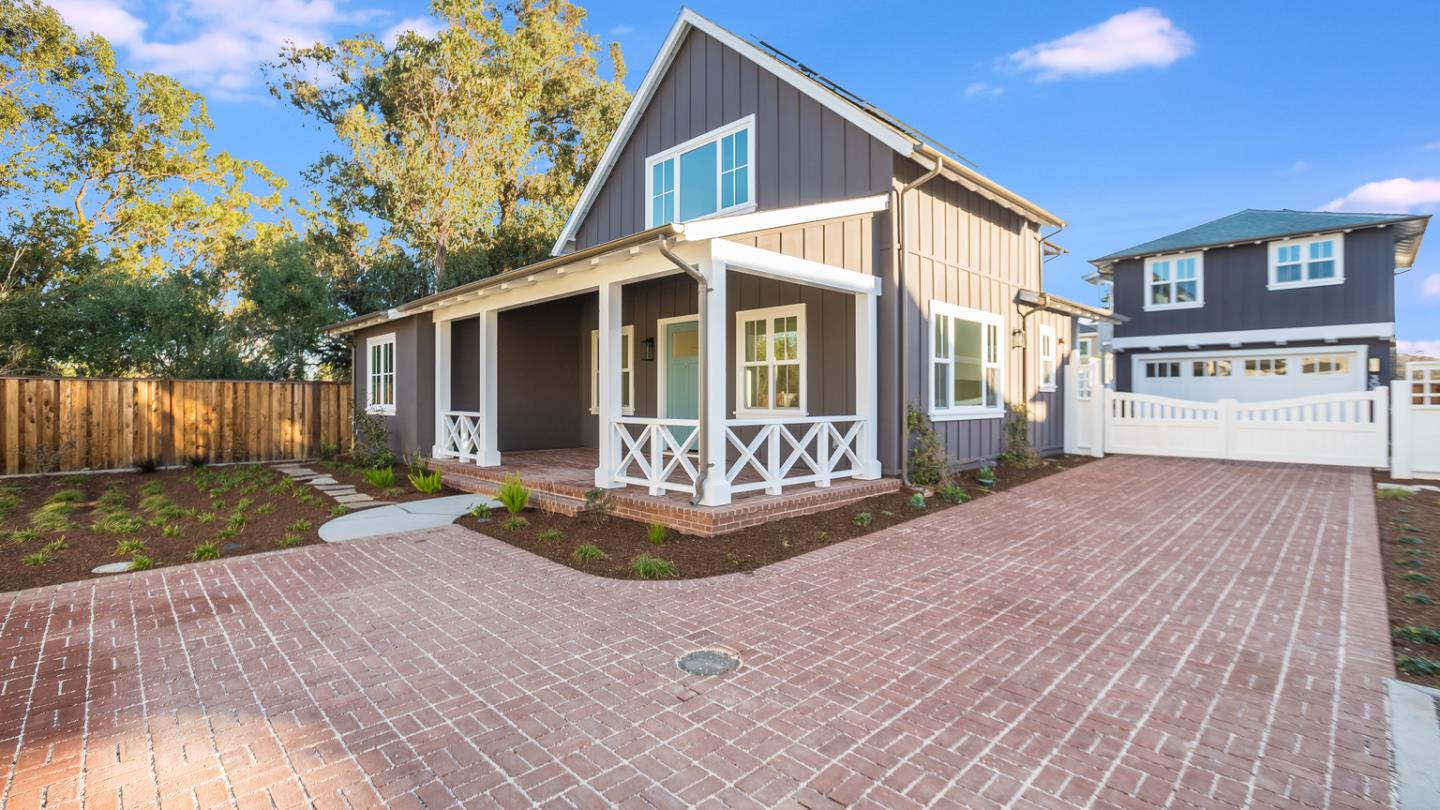 Detail Gallery Image 1 of 23 For 100 Haymarket Ct, Campbell,  CA 95008 - 4 Beds | 3/1 Baths