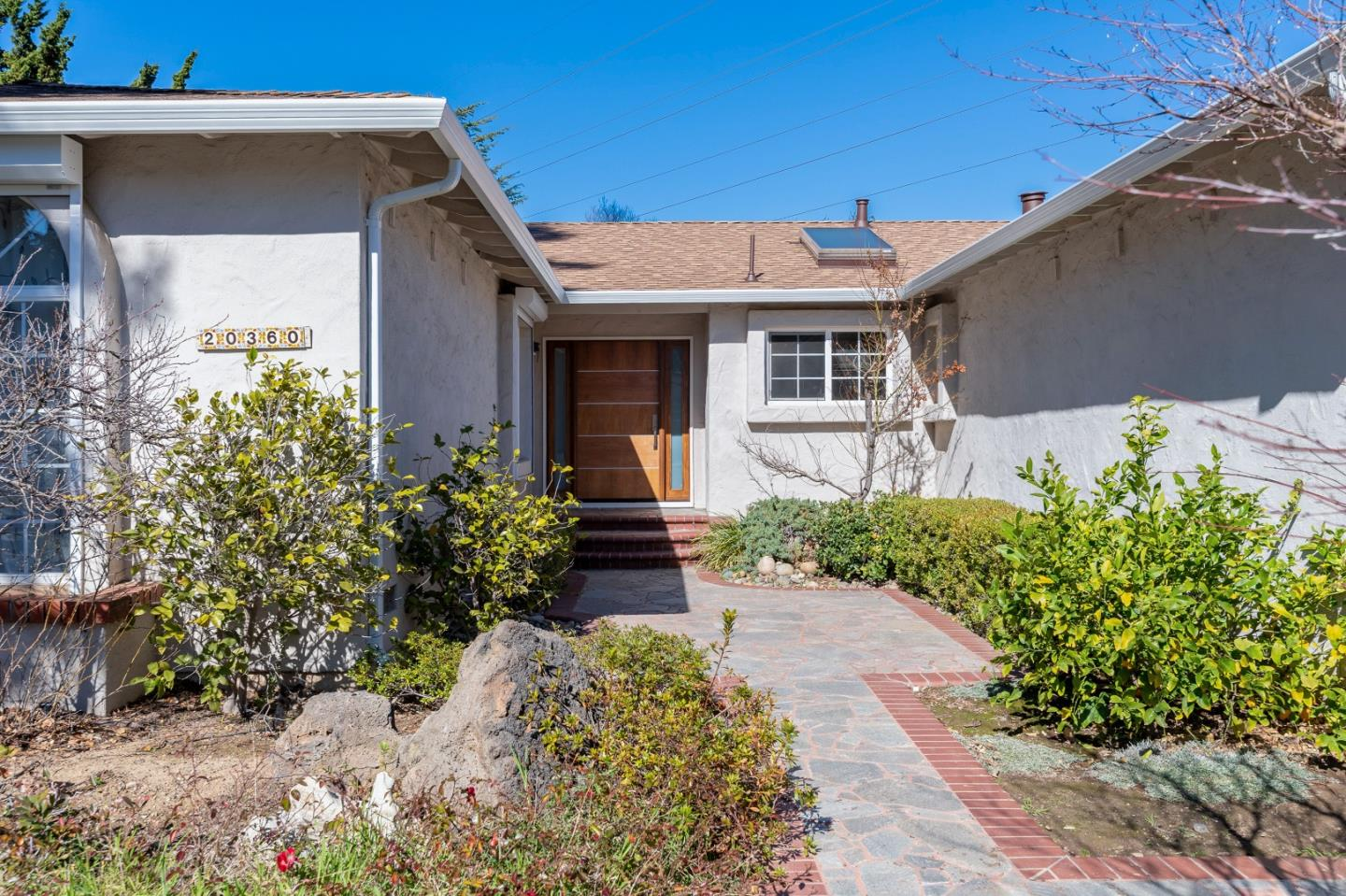 Detail Gallery Image 1 of 1 For 20360 Claridge Ct, Saratoga,  CA 95070 - 4 Beds | 2/1 Baths