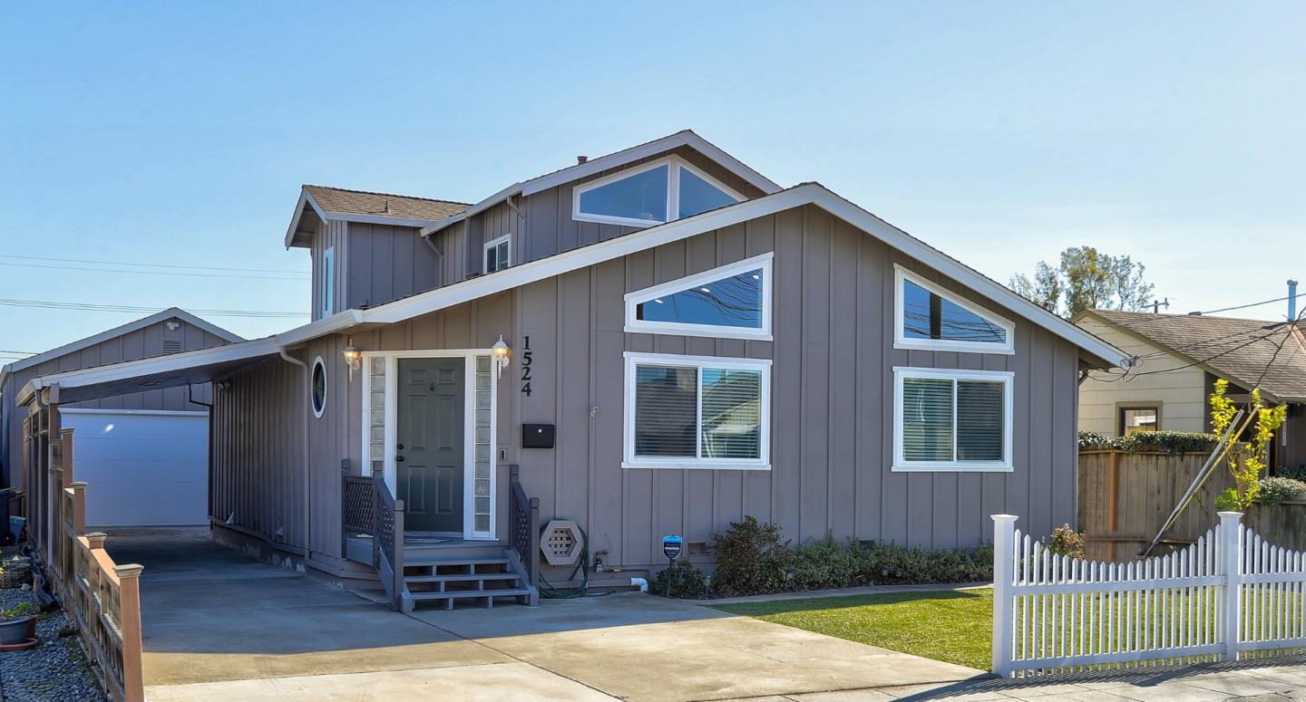 Detail Gallery Image 1 of 1 For 1524 Cypress Ave, San Mateo,  CA 94401 - 4 Beds | 2 Baths