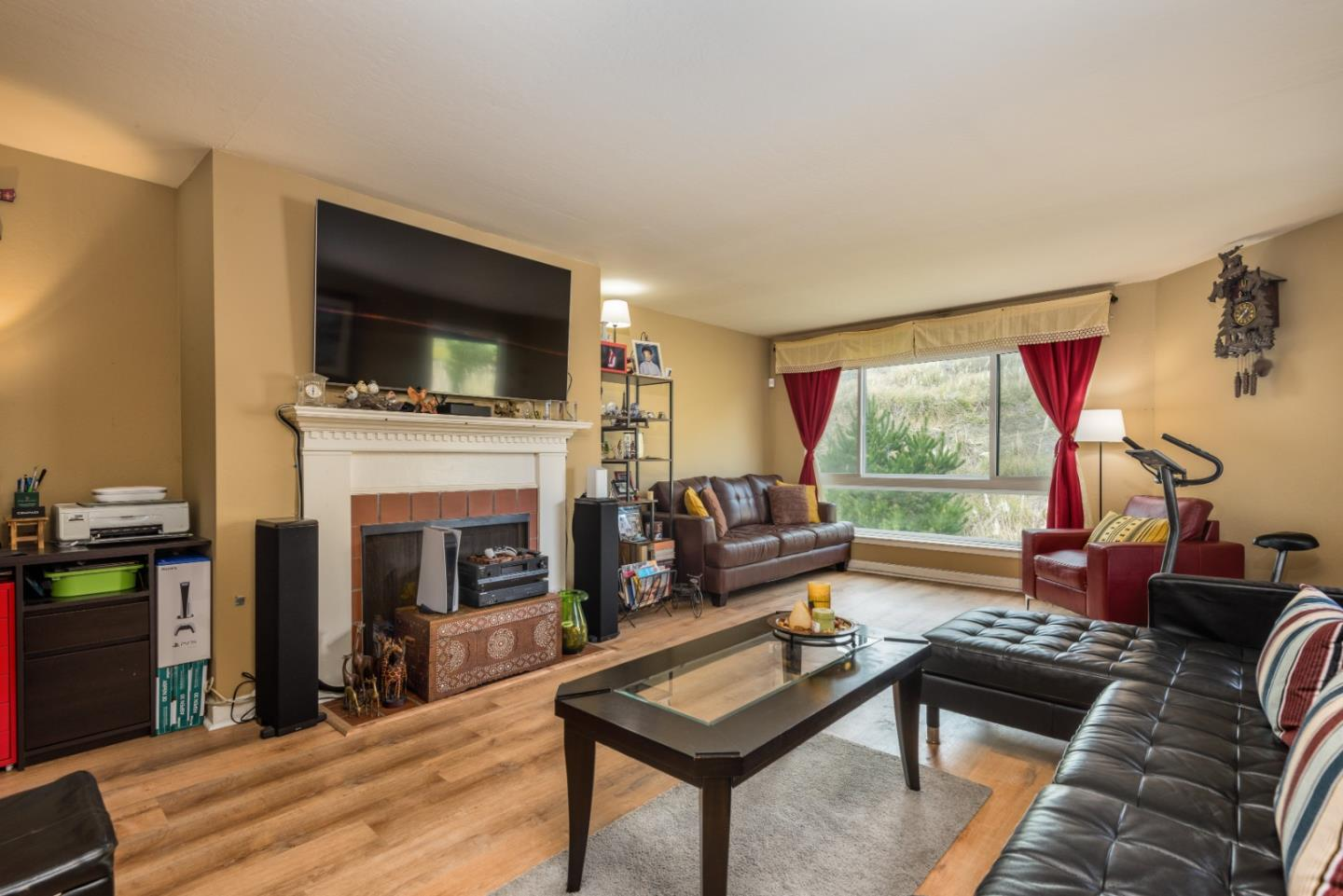Detail Gallery Image 1 of 15 For 1551 Southgate Ave #376,  Daly City,  CA 94015 - 3 Beds | 2 Baths