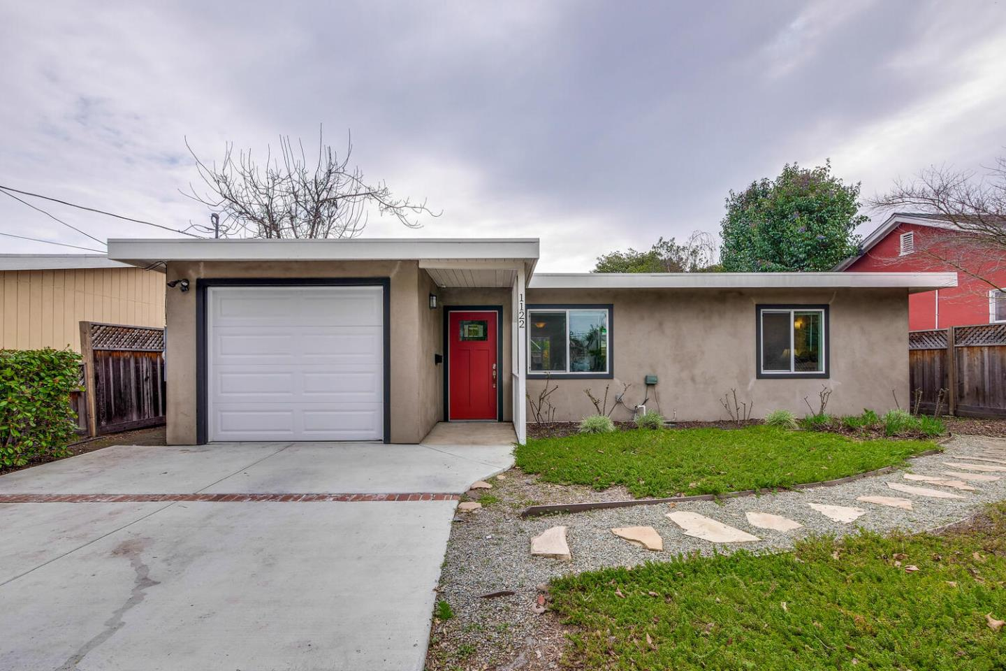 Detail Gallery Image 1 of 1 For 1122 Madera Ave, Menlo Park,  CA 94025 - 2 Beds   1 Baths