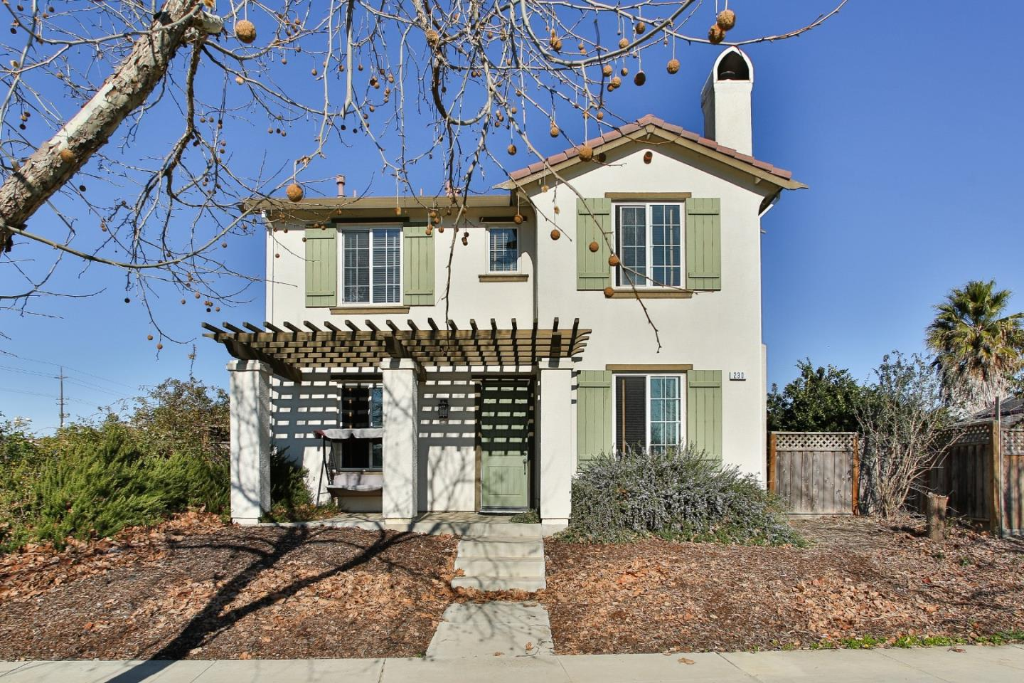 Detail Gallery Image 1 of 25 For 230 San Antonio Dr, King City,  CA 93930 - 3 Beds | 3/1 Baths