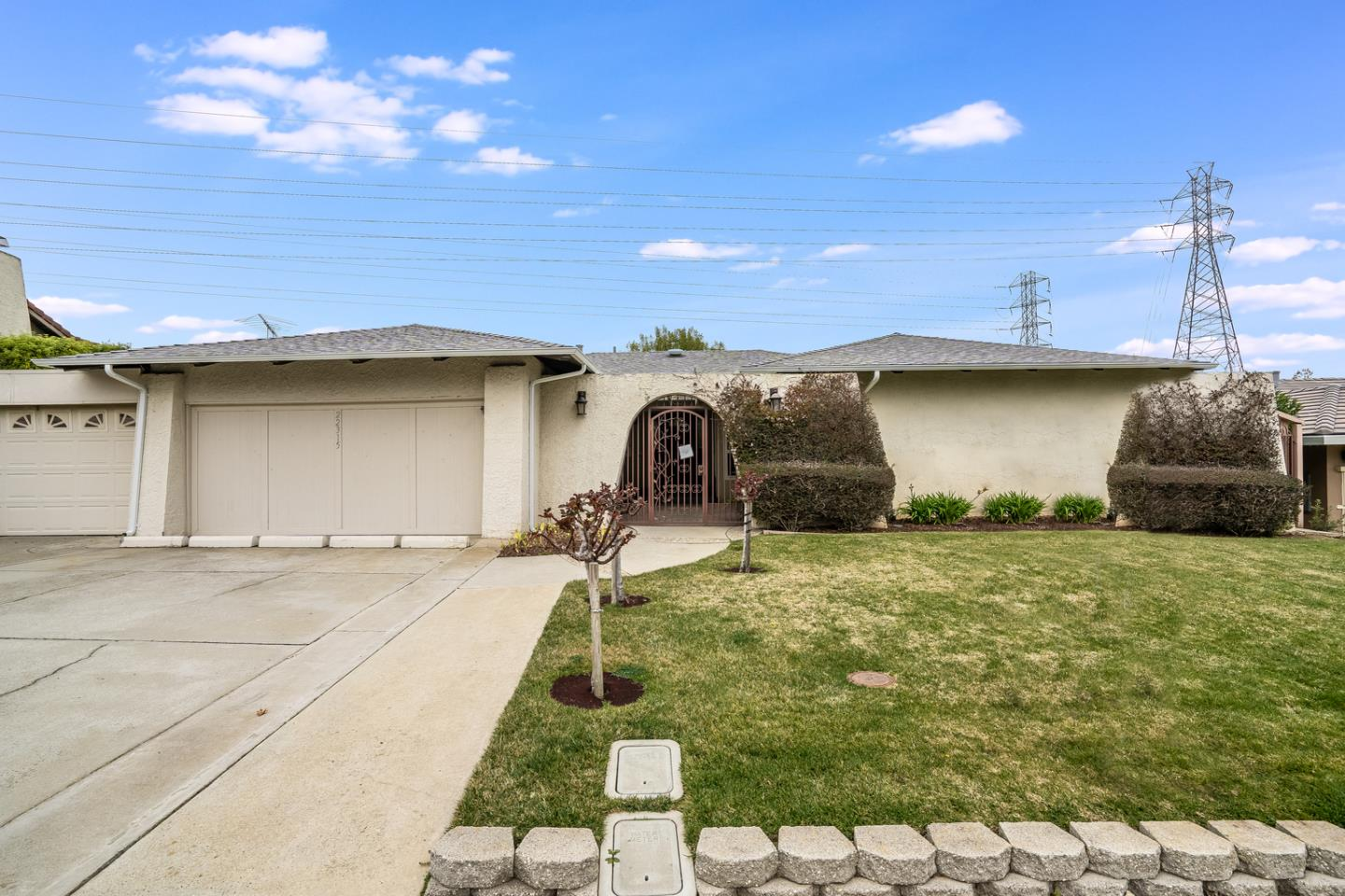 Detail Gallery Image 1 of 1 For 22315 Carta Blanca St, Cupertino,  CA 95014 - 4 Beds | 2/1 Baths