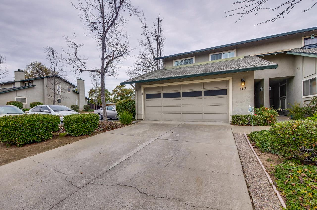 Detail Gallery Image 1 of 1 For 563 Manet Ter, Sunnyvale,  CA 94087 - 3 Beds | 2/1 Baths