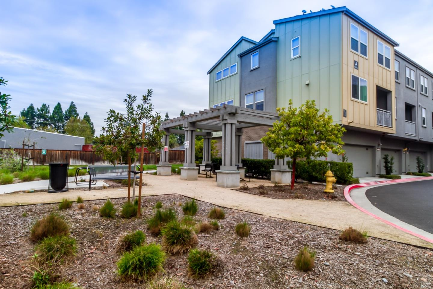 Detail Gallery Image 1 of 1 For 1829 Midnight Cir, San Jose,  CA 95133 - 2 Beds | 2 Baths