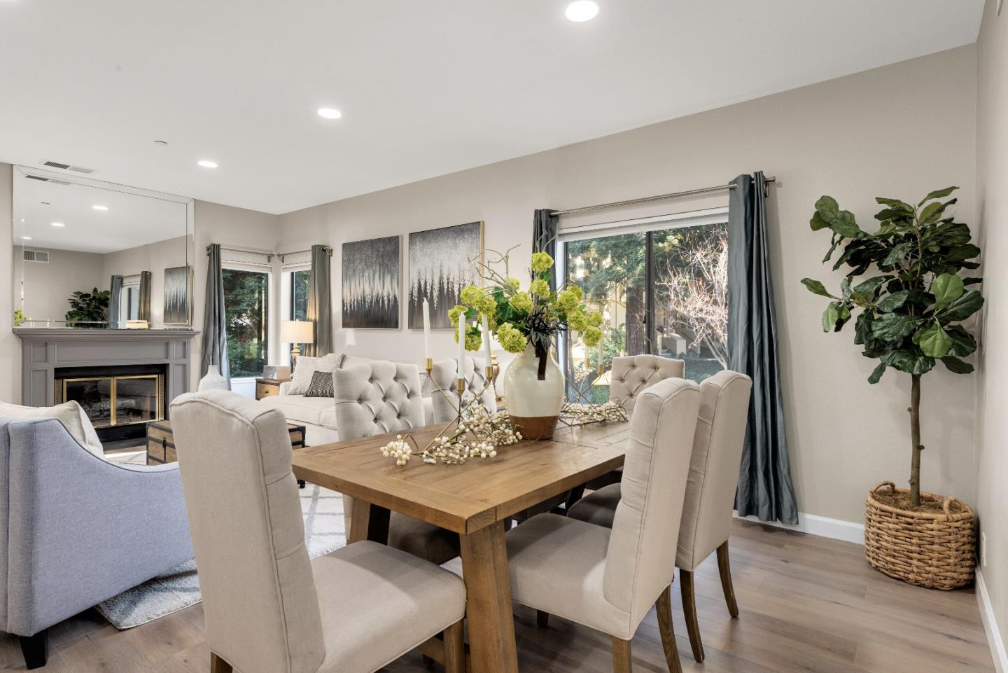 Detail Gallery Image 1 of 1 For 935 La Mesa Ter #A,  Sunnyvale,  CA 94086 - 2 Beds | 2/1 Baths