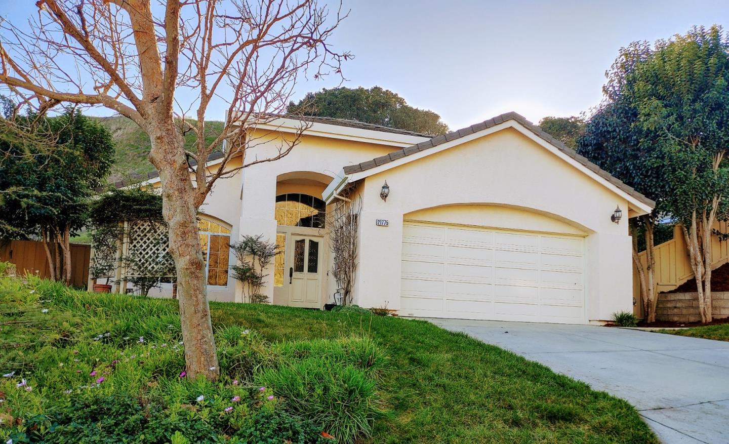 Detail Gallery Image 1 of 1 For 21775 Woodrose Pl, Salinas,  CA 93908 - 3 Beds | 2 Baths