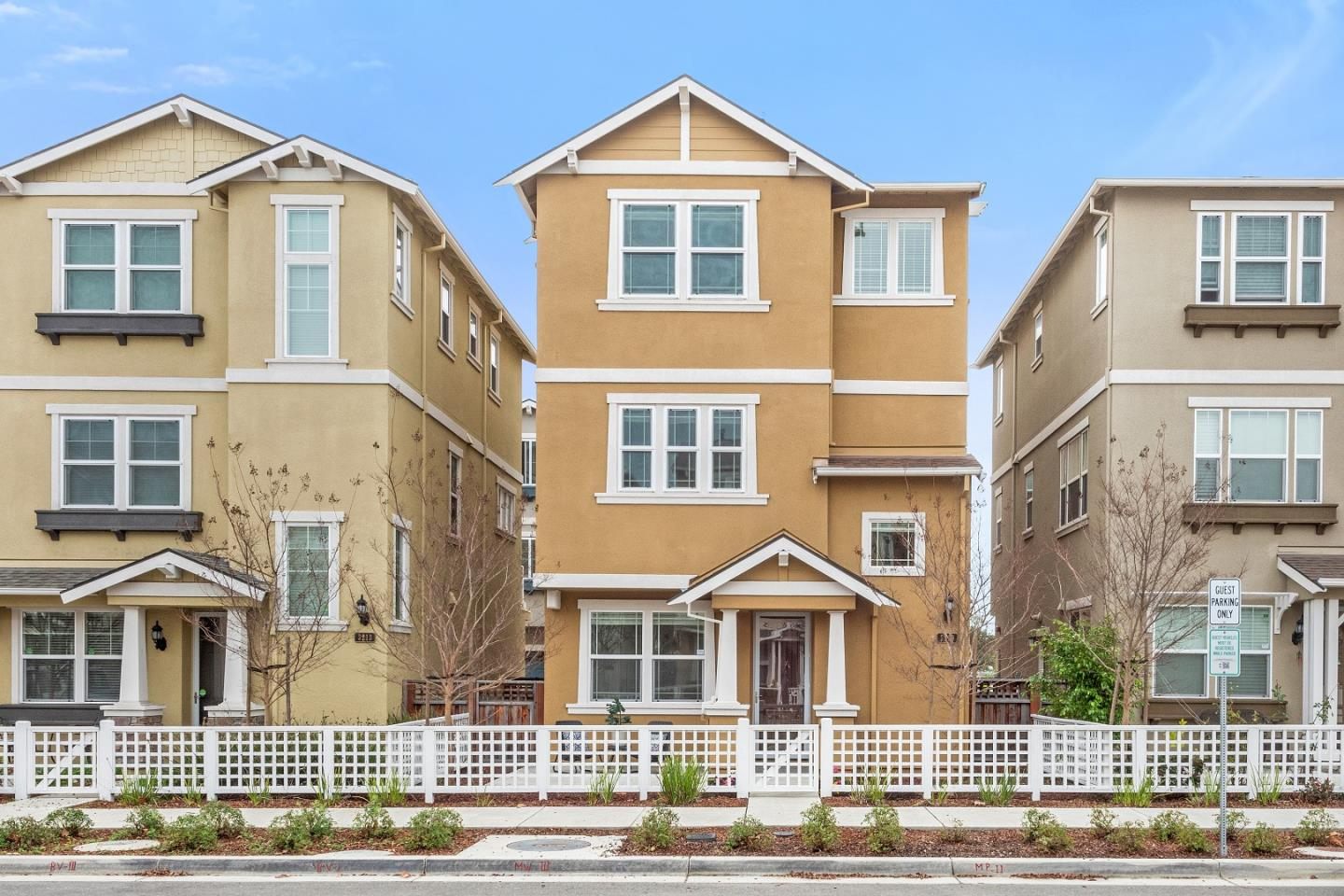 Detail Gallery Image 1 of 1 For 3219 Briones Ter, Fremont,  CA 94538 - 3 Beds | 2/2 Baths