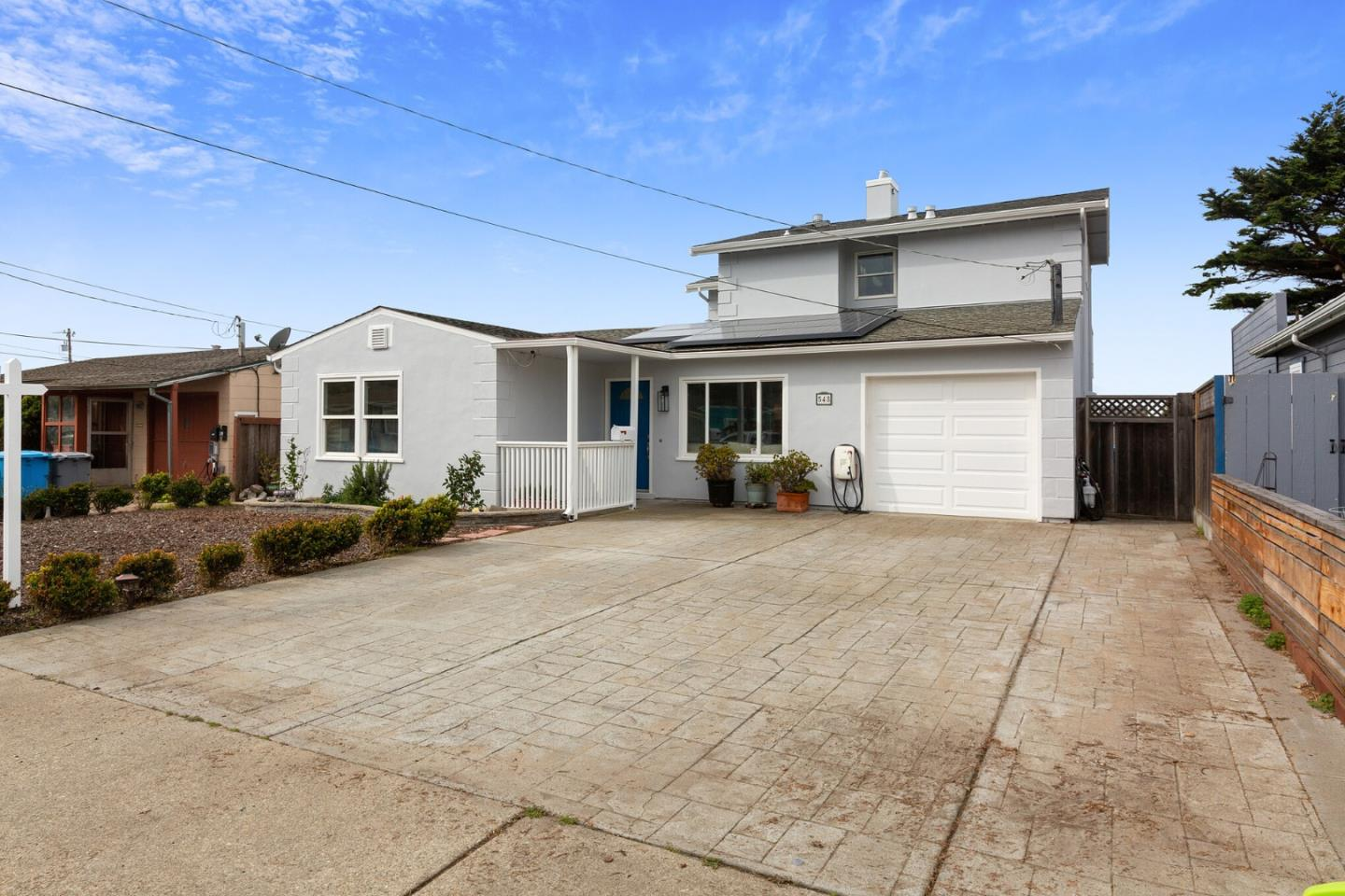 Detail Gallery Image 1 of 1 For 548 Dolphin Dr, Pacifica,  CA 94044 - 4 Beds | 2 Baths