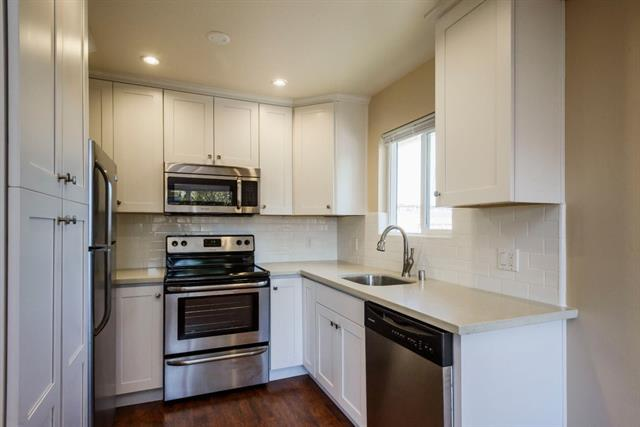 Detail Gallery Image 1 of 1 For 1217 Paloma Ave #3,  Burlingame,  CA 94010 - 2 Beds | 1 Baths