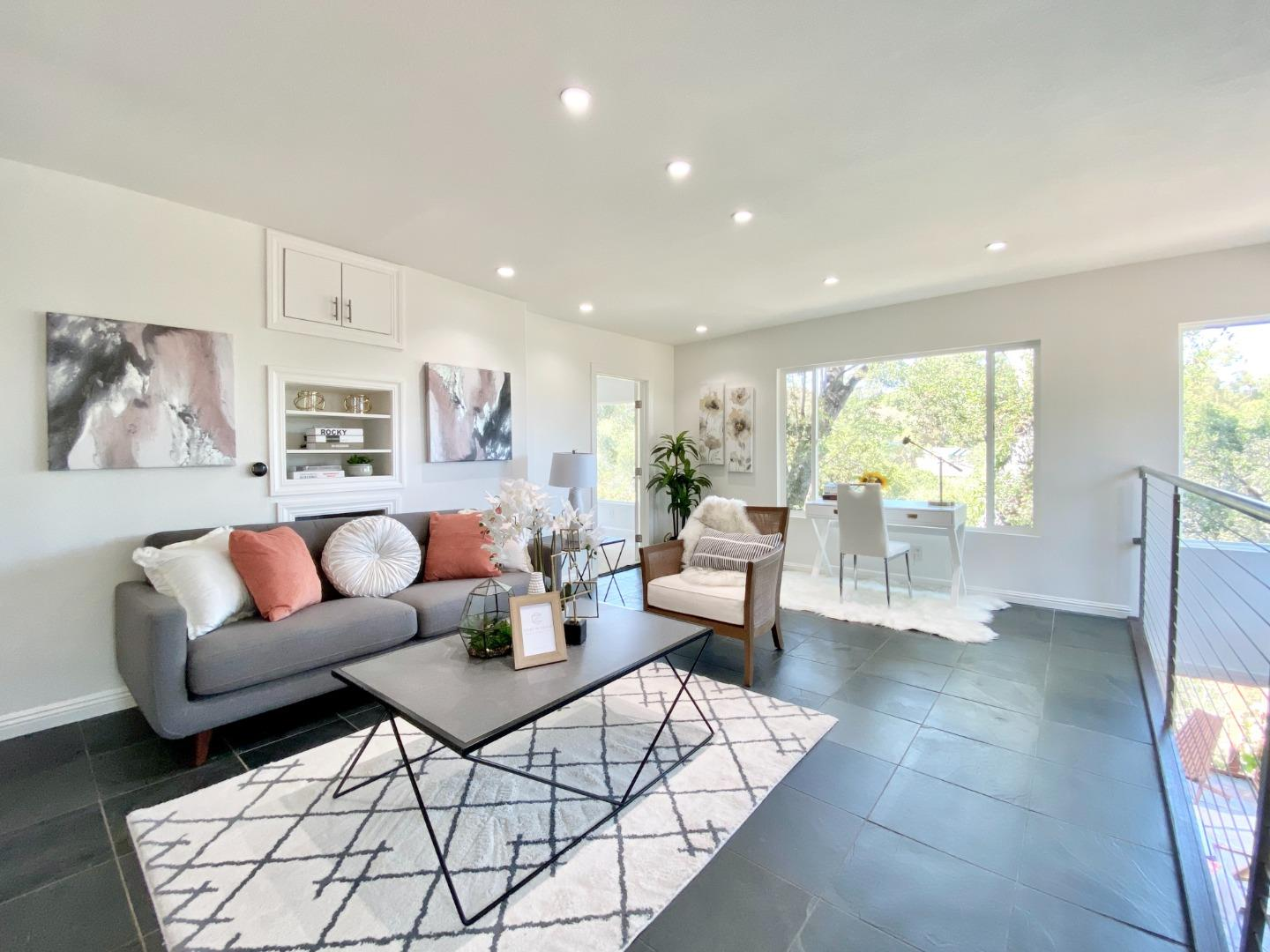 Detail Gallery Image 1 of 31 For 523 Lake Blvd, Redwood City,  CA 94062 - 2 Beds | 2 Baths