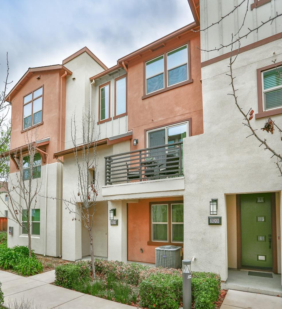 Detail Gallery Image 1 of 1 For 2931 Via Roma Pl #19,  Santa Clara,  CA 95051 - 3 Beds | 2/2 Baths