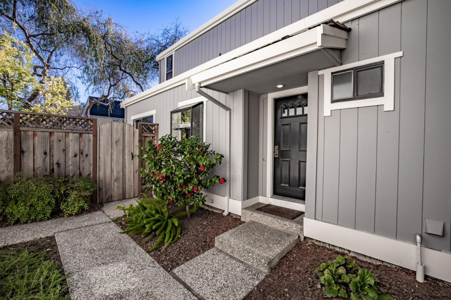 Detail Gallery Image 1 of 1 For 163 Gladys Ave, Mountain View,  CA 94043 - 2 Beds | 2/1 Baths
