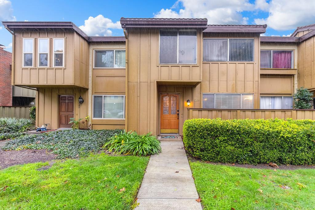 Detail Gallery Image 1 of 1 For 769 Lava Way, San Jose,  CA 95133 - 3 Beds | 1/1 Baths