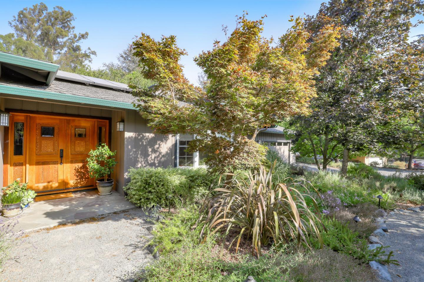 Detail Gallery Image 1 of 53 For 17800 Woodland Ave, Morgan Hill,  CA 95037 - 5 Beds | 2/1 Baths
