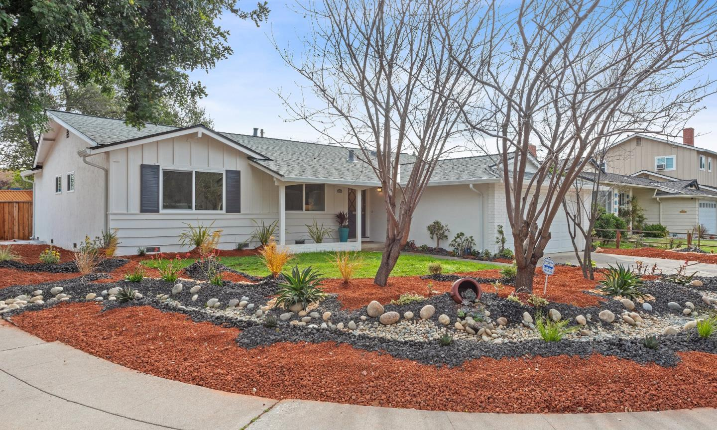 Detail Gallery Image 1 of 1 For 600 Ginden Dr, Campbell,  CA 95008 - 4 Beds | 2 Baths