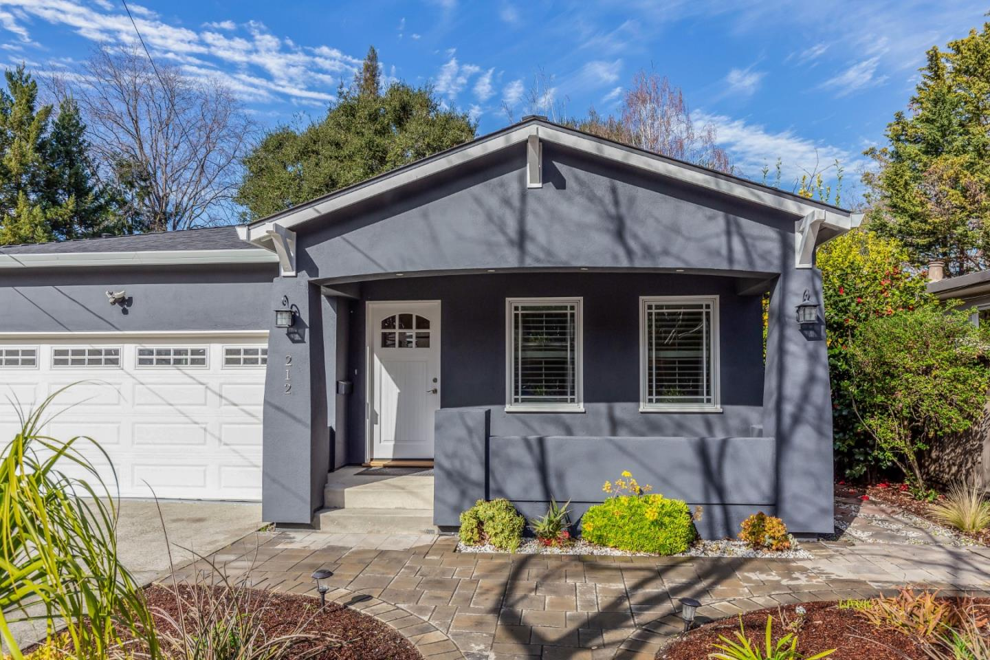 Detail Gallery Image 1 of 1 For 212 O'keefe St, Menlo Park,  CA 94025 - 3 Beds   2 Baths